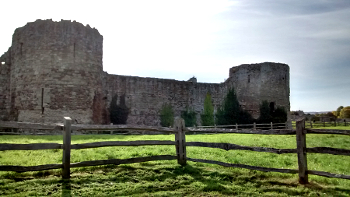 Pevensey Castle, Inner Bailey Curtain Wall and Towers