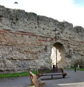 Pevensey Castle, Roman Outer Bailey Wall